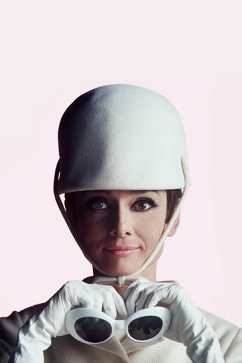 courreges-audrey-hepburn