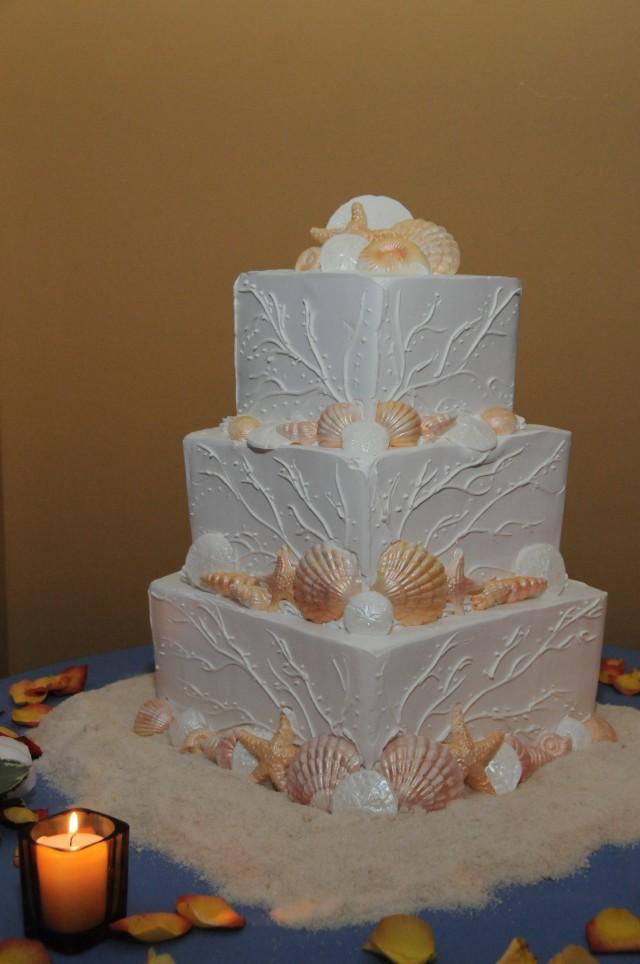 sea-shell-wedding-cake-seashells