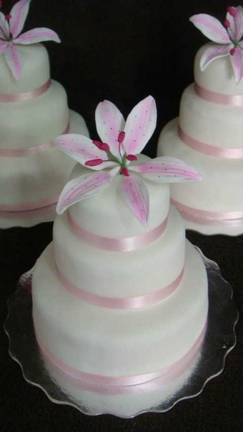 Cassandra Mini Three Tier Cakes