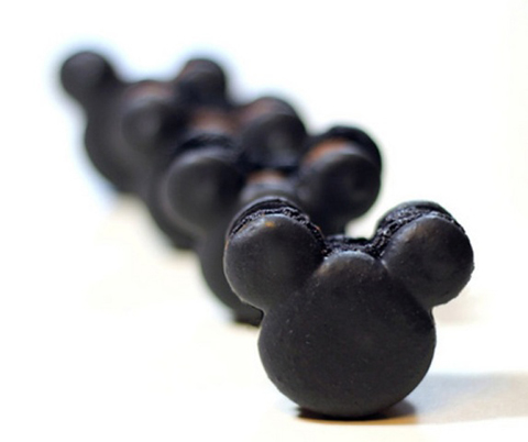 mickey_mouse_macarons