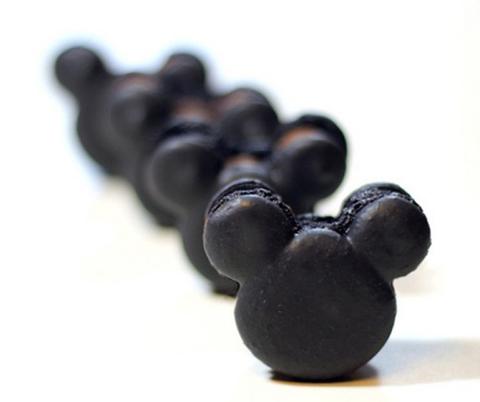 mickey_mouse_macarons