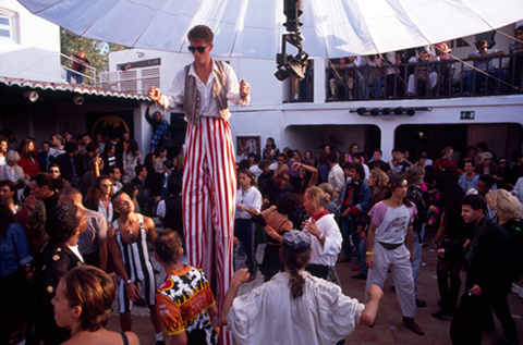 Ibiza_89_Amnesia_stilts-copy